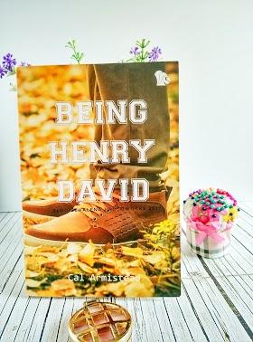 Belajar Menulis Ulasan Buku Dengan Cerita Fiksi Di Buku Being Henry David