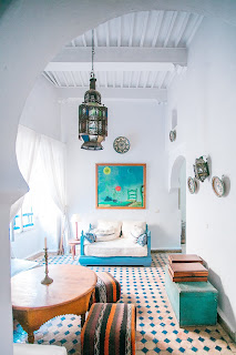 Blue-and-orange-interiors
