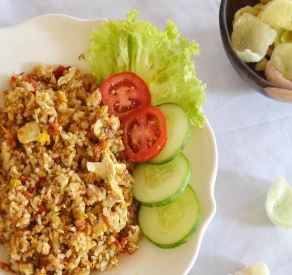 Resep Nasi Goreng Jawa Spesial Enak dan Sederhana.