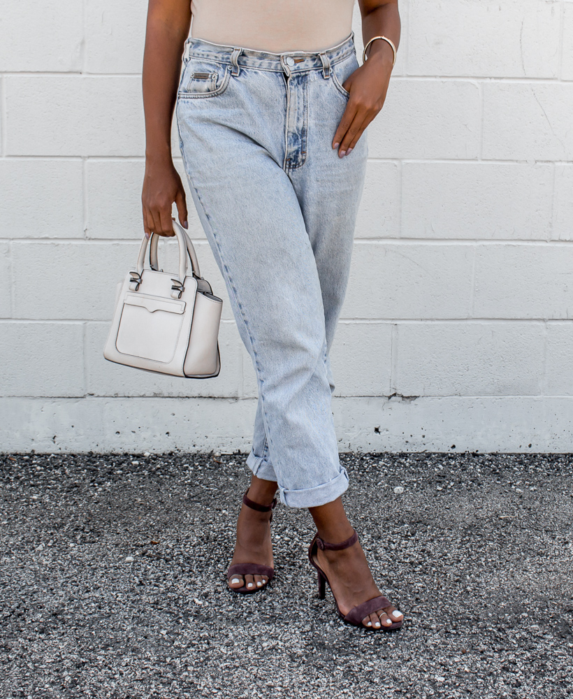 mom-jeans-outfit