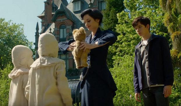 Film Fantasy Terbaru - Kumpulan Foto Miss Peregrine's Home For Peculiar Children (2016) dan videonya