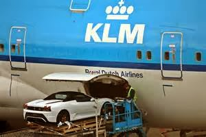 Kirim Mobil Menggunakan Kargo  Memakai layanan cargo profesional untuk pengiriman mobil antar-pulau memanglah mempermudah masalah.