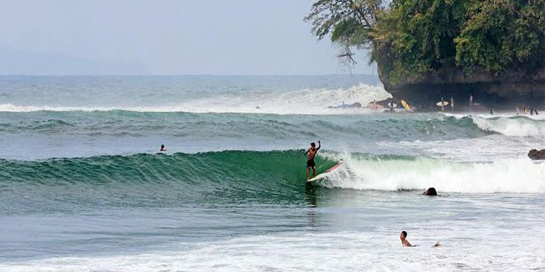 Pantai Batu Karas Pangandaran Jawa Barat