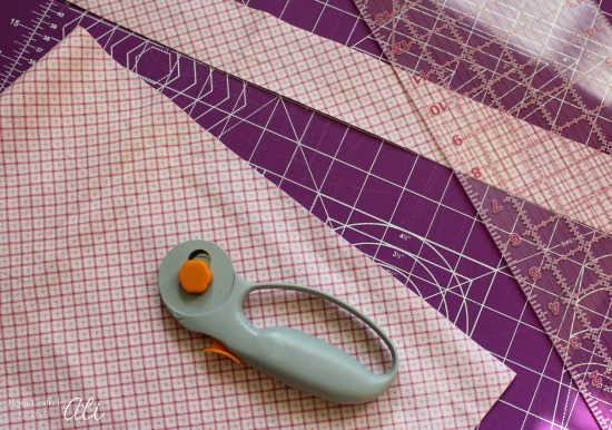 use sewing supplies to cut soft fabric