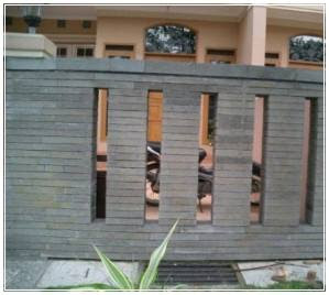pagar minimalis batu alam terbaru