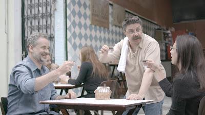 Dan Stulbach, Oscar Filho e Lilia Shcwarcz em cena do segundo episódio - Divulgação/Band
