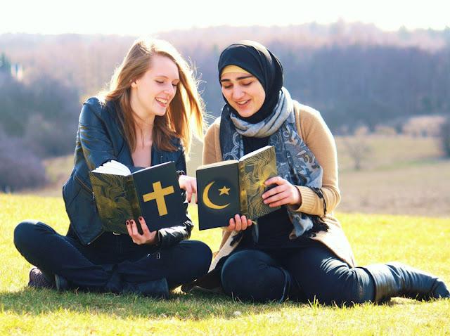 Benarkah Seorang Muslim Harus Bersikap Keras Terhadap Orang Kafir???
