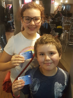 Top Ender and Dan Jon with their KidZania Bank Cards