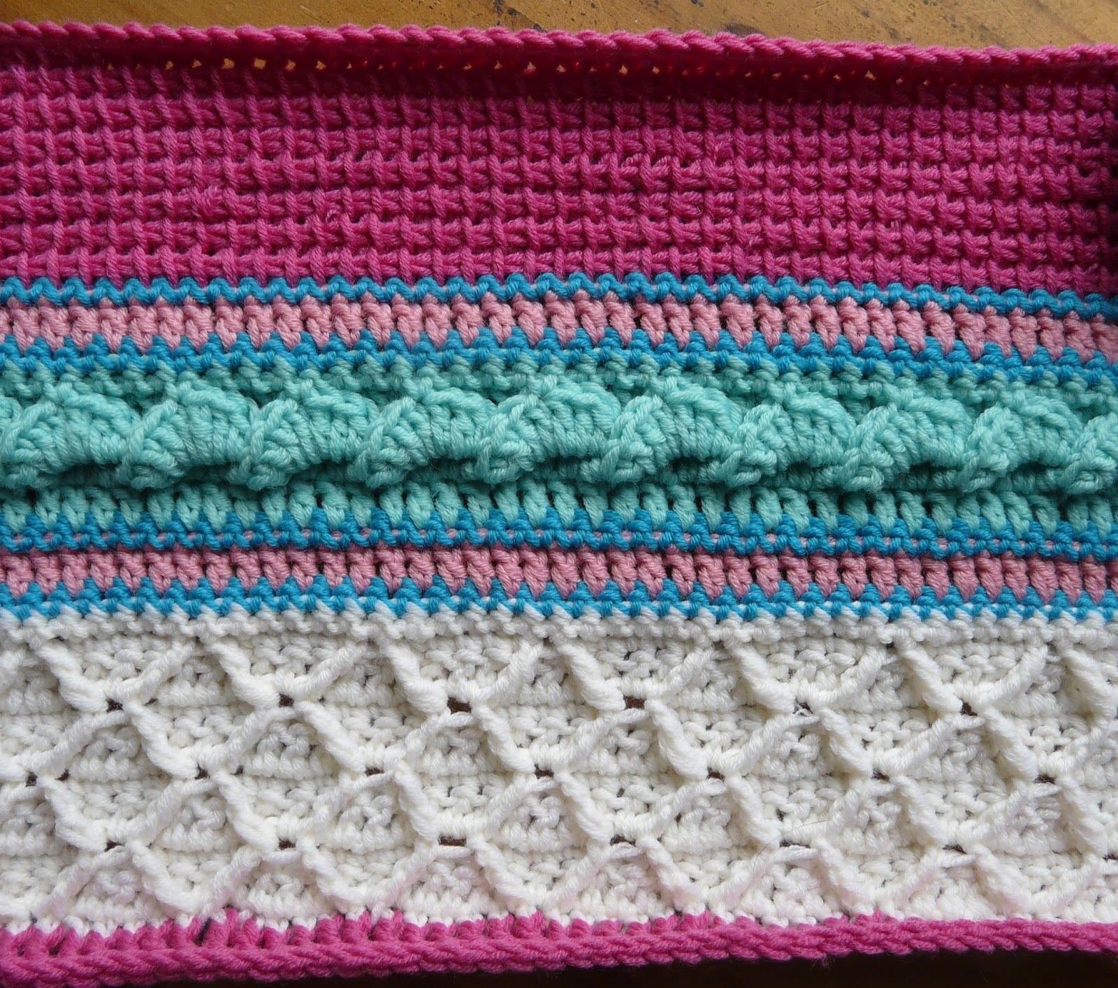 Knutsels van Jolanda: Double Trouble Crochet ALong 2017 - week 3