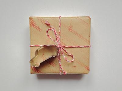 schaeresteipapier weihnachten mit kleinen kindern basteln. Black Bedroom Furniture Sets. Home Design Ideas