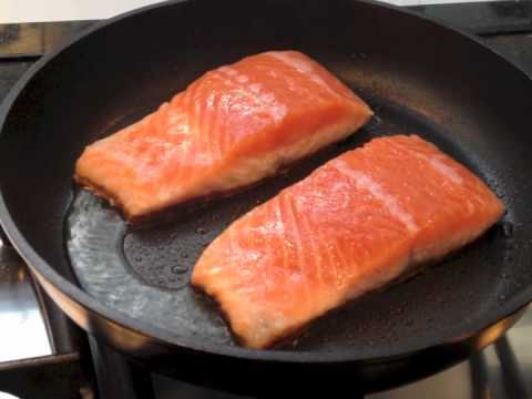 Salmon fillets with shrimp