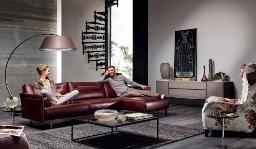Style of Modern Italian Sofa