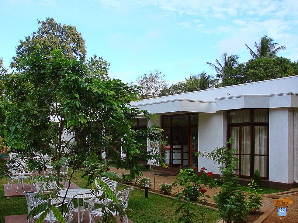 Hotel Melbourne - Anuradhapura