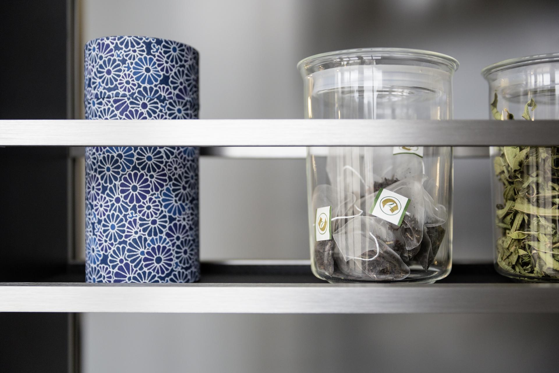 dekoracyjne pojemniki do kuchni