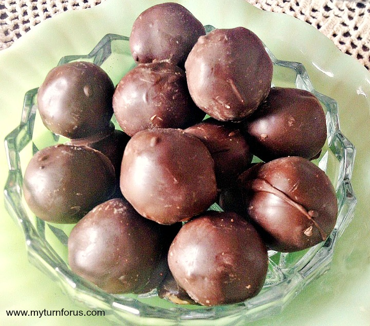 Candy Gifts of Chocolate Covered Cherries