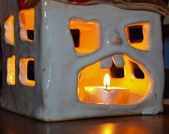 Jeszcze raz domek świecznik - tym razem od frontu