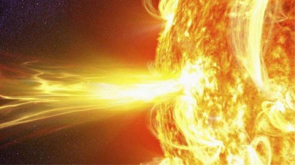 Επιστήμονες: Τεράστια μαγνητική καταιγίδα απειλεί τα ηλεκτρονικά συστήματα