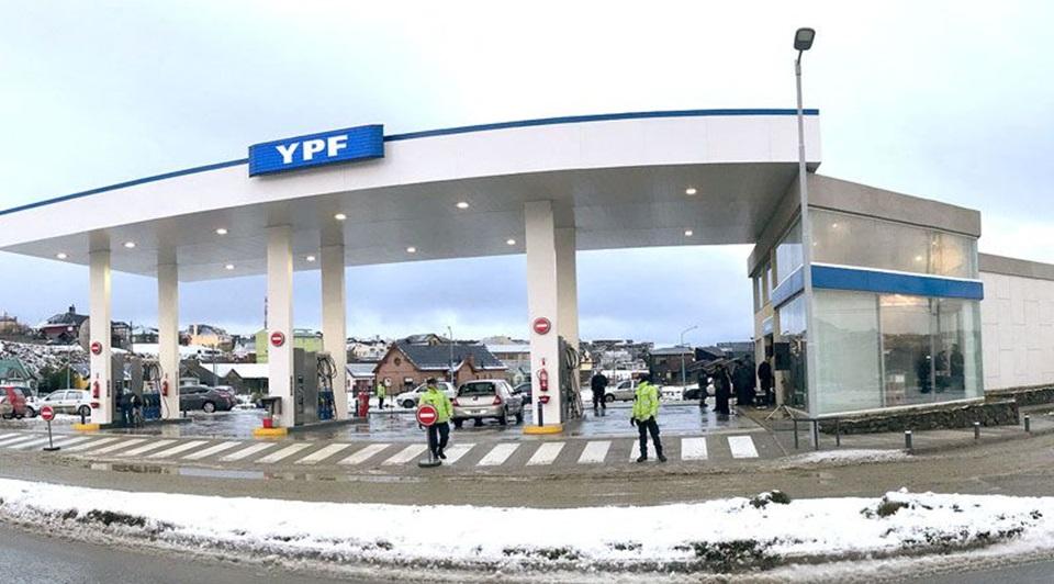 Se viene otro aumento de combustibles