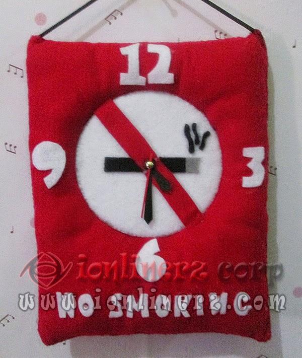 Jam Dinding Flanel Karakter Kartun No Smoking