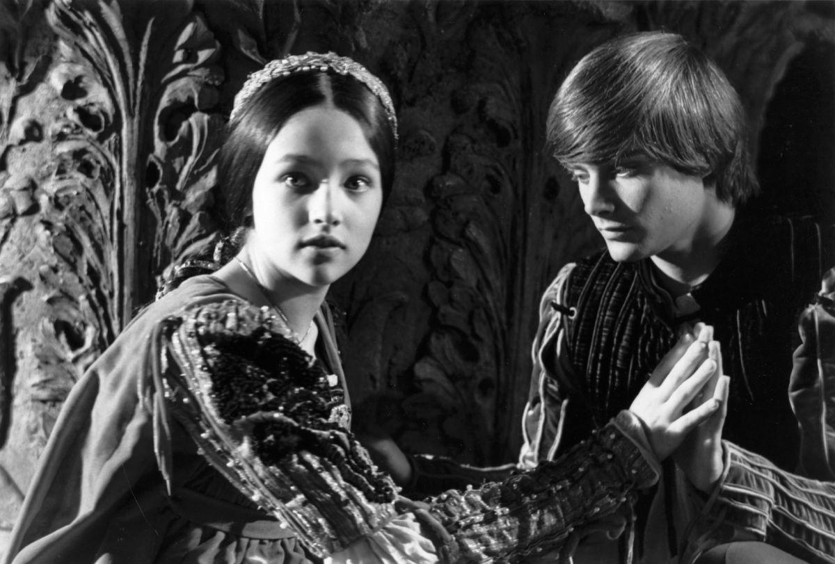 Romeo And Juliet Summary Act 2 Scene 1 Elite Story Mag 6
