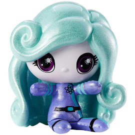 MH Space Monsters Twyla Mini Figure