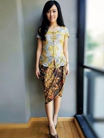 Model Kebaya Kartini Bali Terbaru