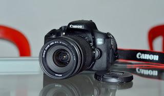 Canon eos 750D + Lensa 18-135mm STM