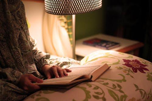 Perlu Di Contoh, Inilah Amalan Menjelang Tidur Yang Di Ajarkan Rosululloh SAW Kepada Sayyidah Aisyah RA