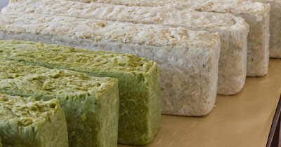 natural-soaps-for-monsoon-skin-care