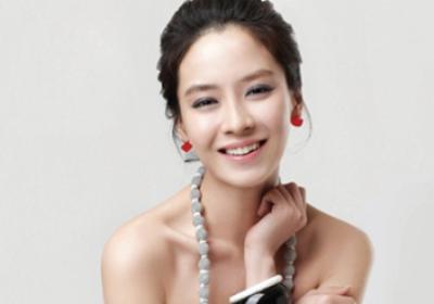 Gaya Rambut ala Song Ji Hyo