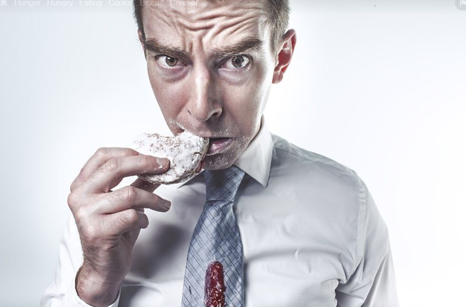 Ini Alasan Yang Perlu Anda Ketahui Dari Sendawa Setelah Makan