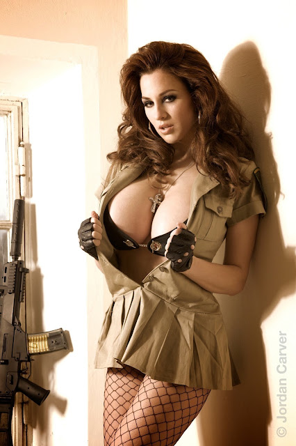 sexy-Jordan-Carver-sheriff-hot-wallpaper-8.