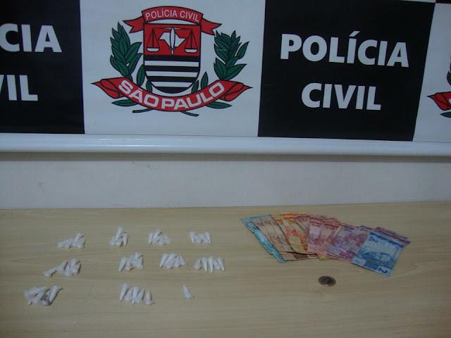 POLÍCIA CIVIL PRENDE UM CASAL DE TRAFICANTES EM REGISTRO-SP
