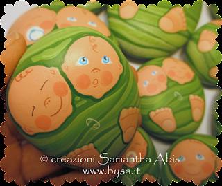 bomboniere bambini gemelli originali dipinte fermacarte