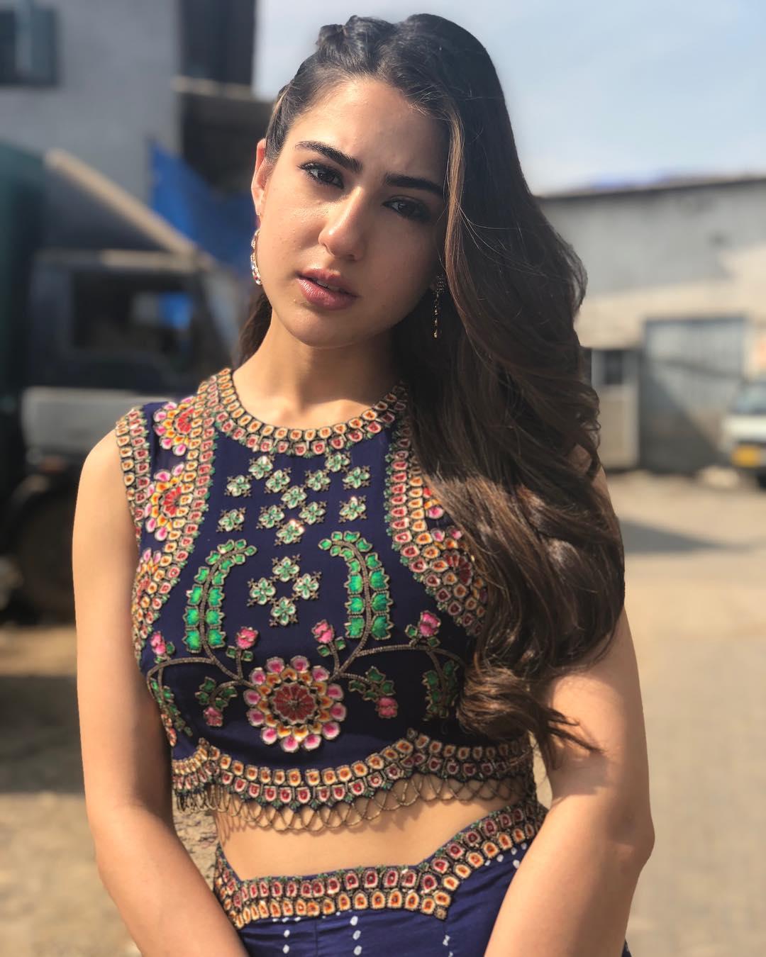 Sara Ali Khan Beautiful Pictures - HD Acress Photo