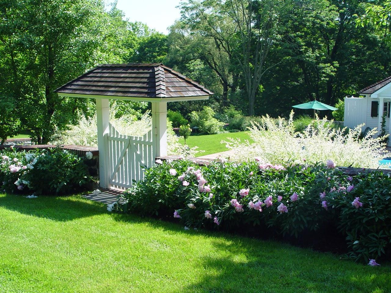 Bon Serenity In The Garden
