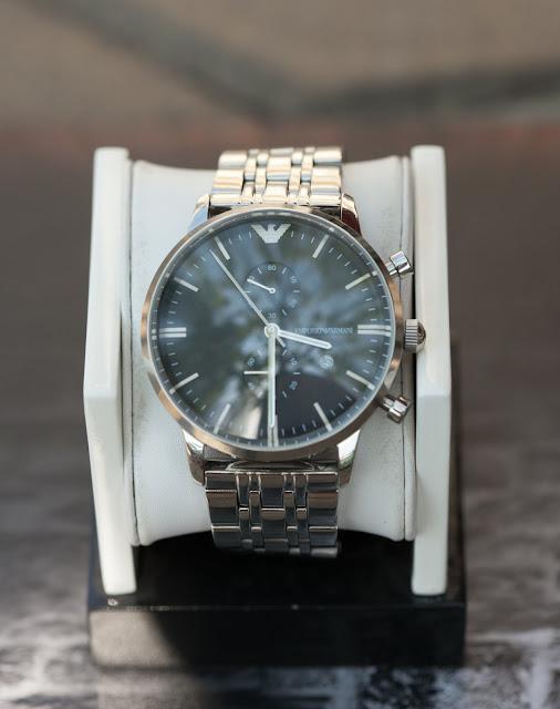 Đồng hồ Armani dây sắt đáng mua nhất 2016
