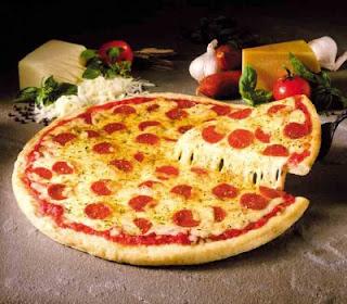 مقادير عجين بيتزا هت