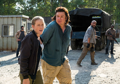 Laura (Lindsley Register) and Eugene Porter (Josh McDermitt) nell'episodio 11