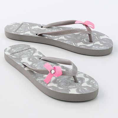 Savvy Spending: Kohl's: Flip flops for $2 shipped and more