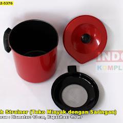 Oil Pot With Strainer (Teko Minyak Dengan Saringan)
