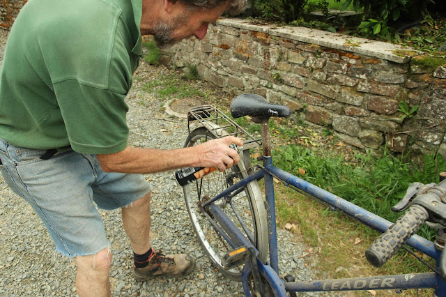 Bike part removal - Washing machine to pedal power conversion