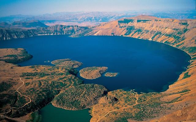 nemrut gölü