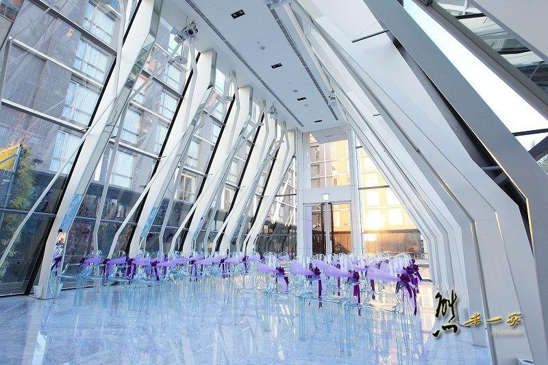 食尚玩家推薦|隱藏版超夢幻婚禮水上玻璃教堂