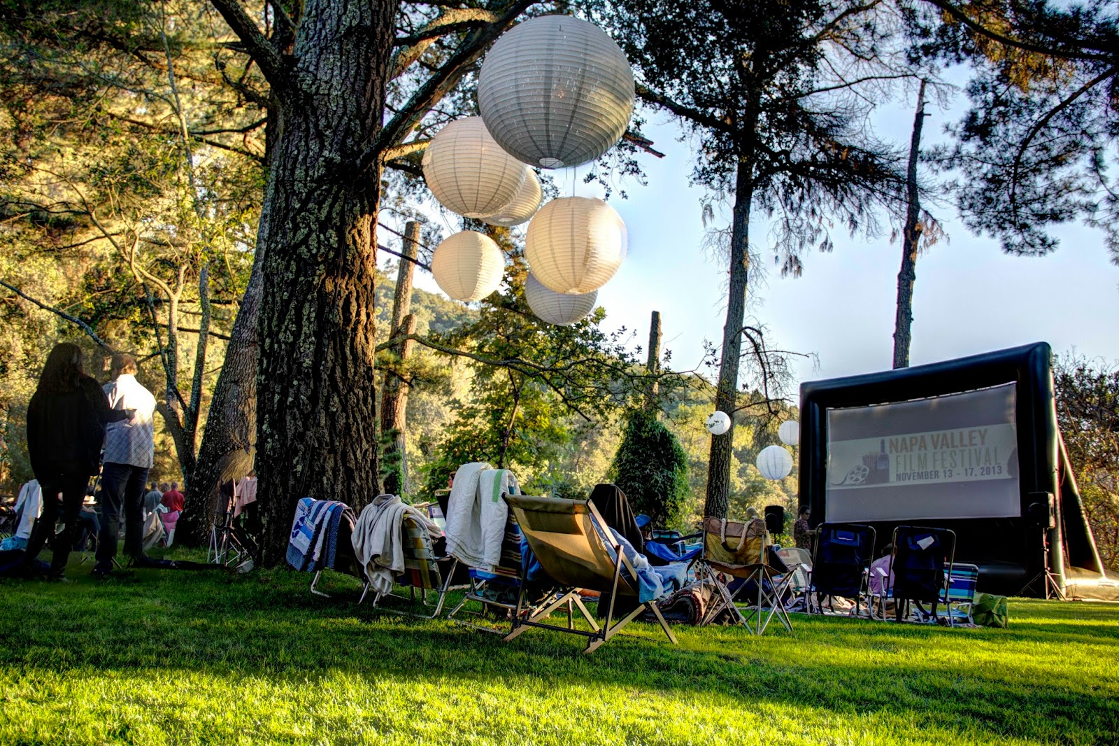 The Fun Of Outdoor Movies Another Gorgeous Outdoor Movie At