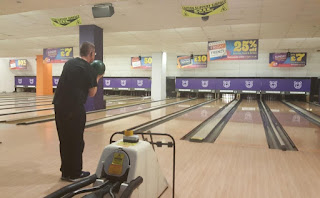 Tenpin bowling in Parrs Wood Manchester