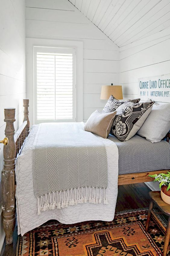 the master bedroom cottage style