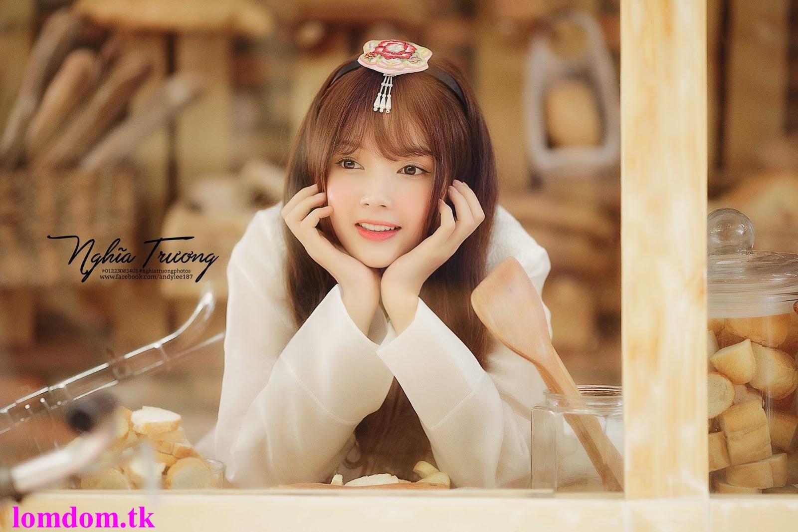 Ngắm Ảnh Hot Girl Lan Hương Xinh Lung Linh Như Thiên Thần Trong Bộ Hanbook Trắng Tinh Khôi