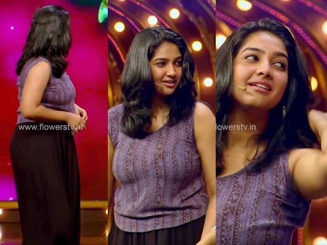Karthika Muraleedharan Hot Sexy Photos In Tight Dress