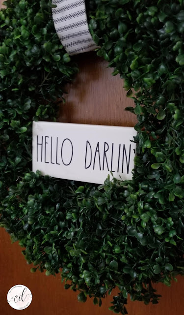 Hello Darlin' boxwood wreath.